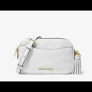 Michael kors shoulder purse / belt